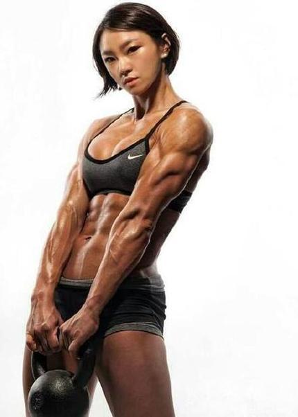 你们要的有肌肉的女孩子